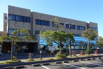 敦賀市立図書館画像